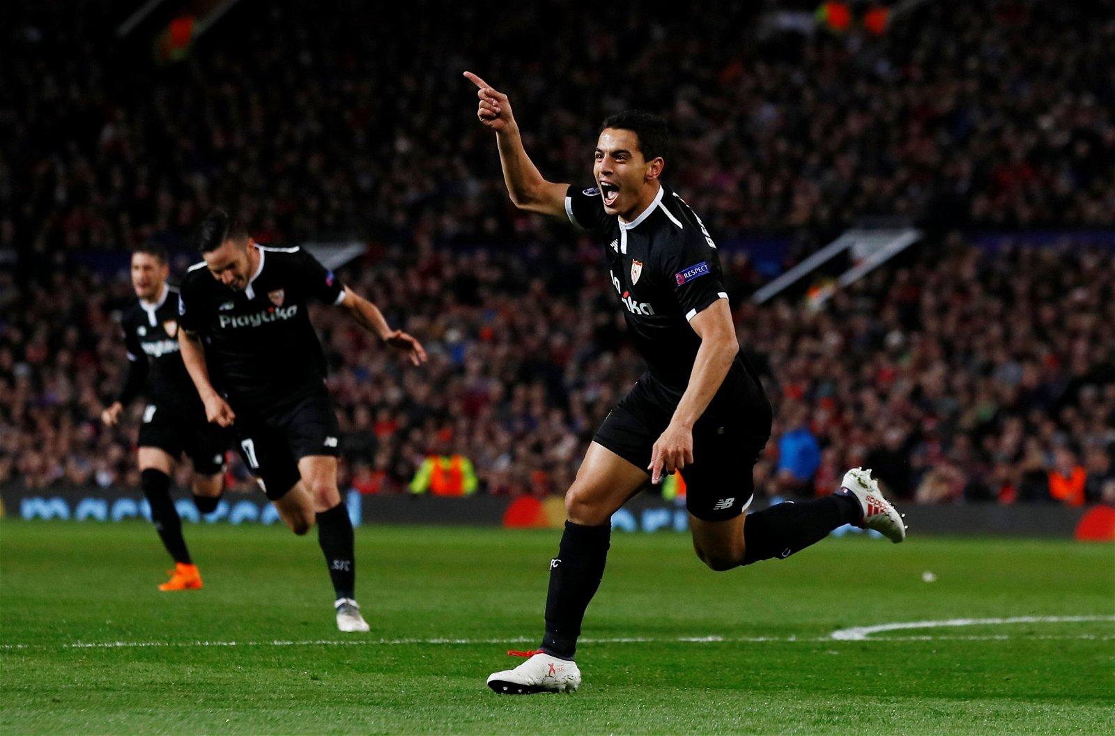 Sevilla forward Wissam Ben Yedder celebrates goal against Man United