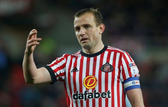 Sunderland fans hilariously mock Cattermole after birthday tweet