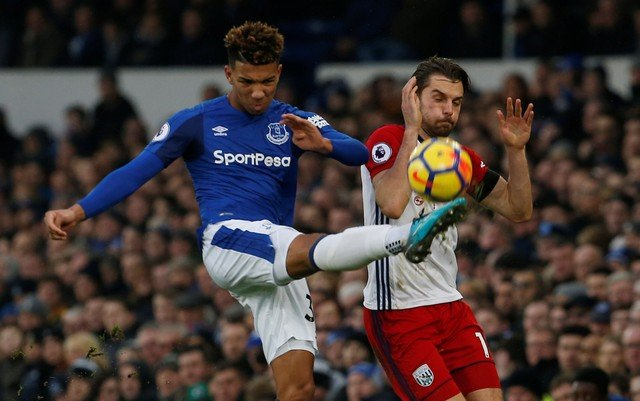 Everton fans struggle to understand why Holgate would be up for sale