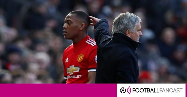 Manchester-united-attacker-anthony-martial-is-substituted-off-600x310