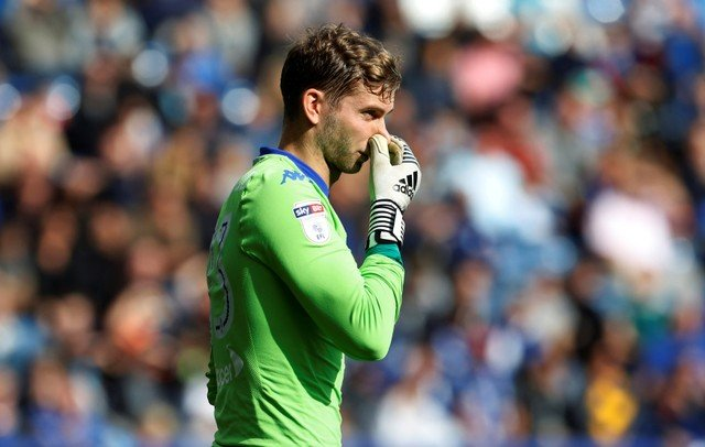 Leeds fans desperate for Wiedwald to leave
