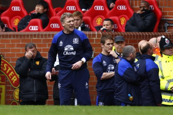 Everton manager David Moyes on the bench at Old Trafford