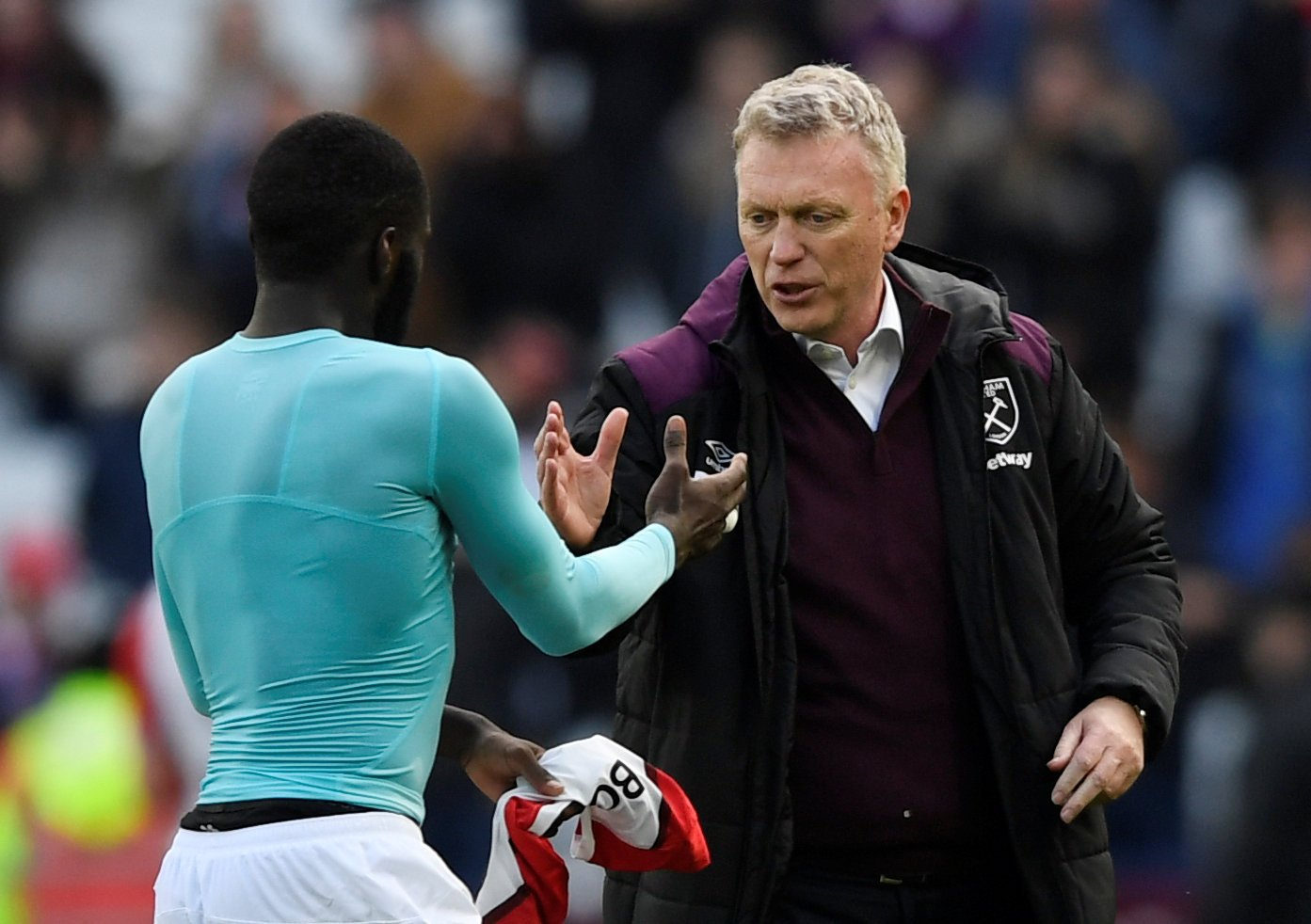 David Moyes greets his players following West Ham United's game against Chelsea