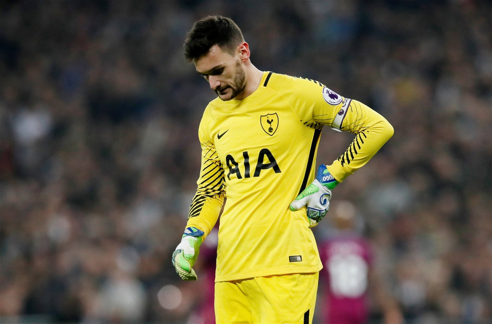 Hugo Lloris looks dejected during Tottenham Hotspur's defeat to Manchester City