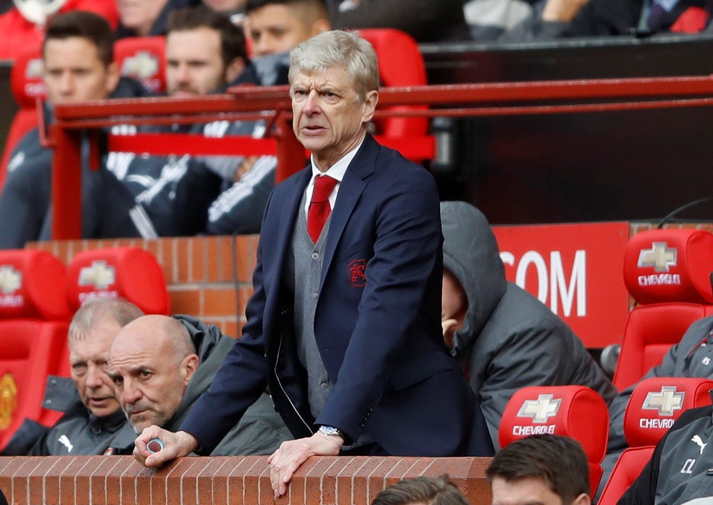 Arsene Wenger: What happens when long-serving managers stand down?