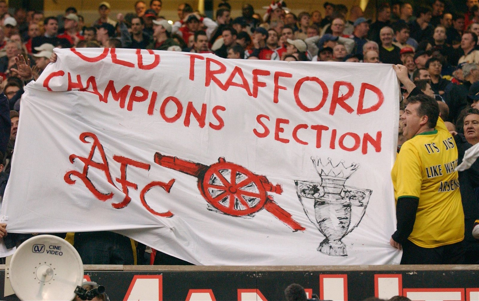 Arsenal fans mock Man United as they win the title at Old Trafford