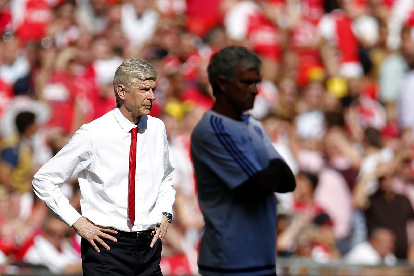 Arsene Wenger and Jose Mourinho on the touchline
