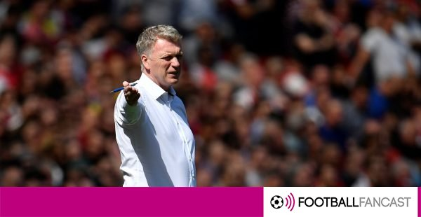 David-moyes-gives-his-players-instructions-600x310