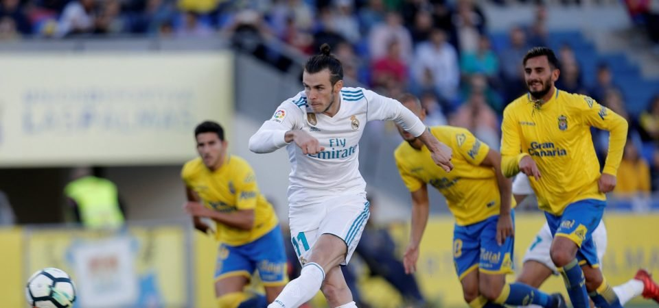 Ferdinand tells Man United to sign Bale
