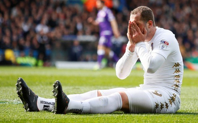 Leeds fans furious about missing out on stuttering playoff race