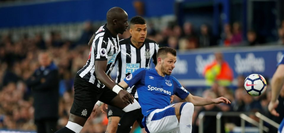 Everton fans confused by Schneiderlin praise