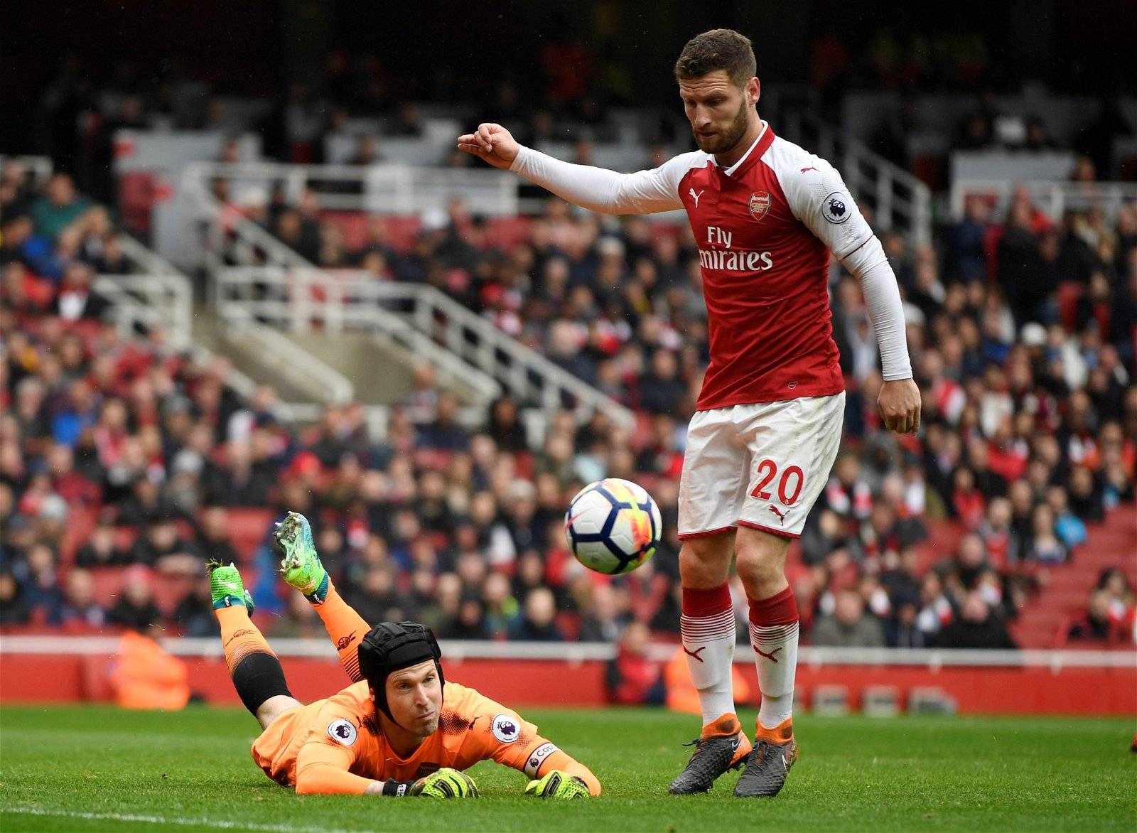 Shkodran Mustafi in action for Arsenal