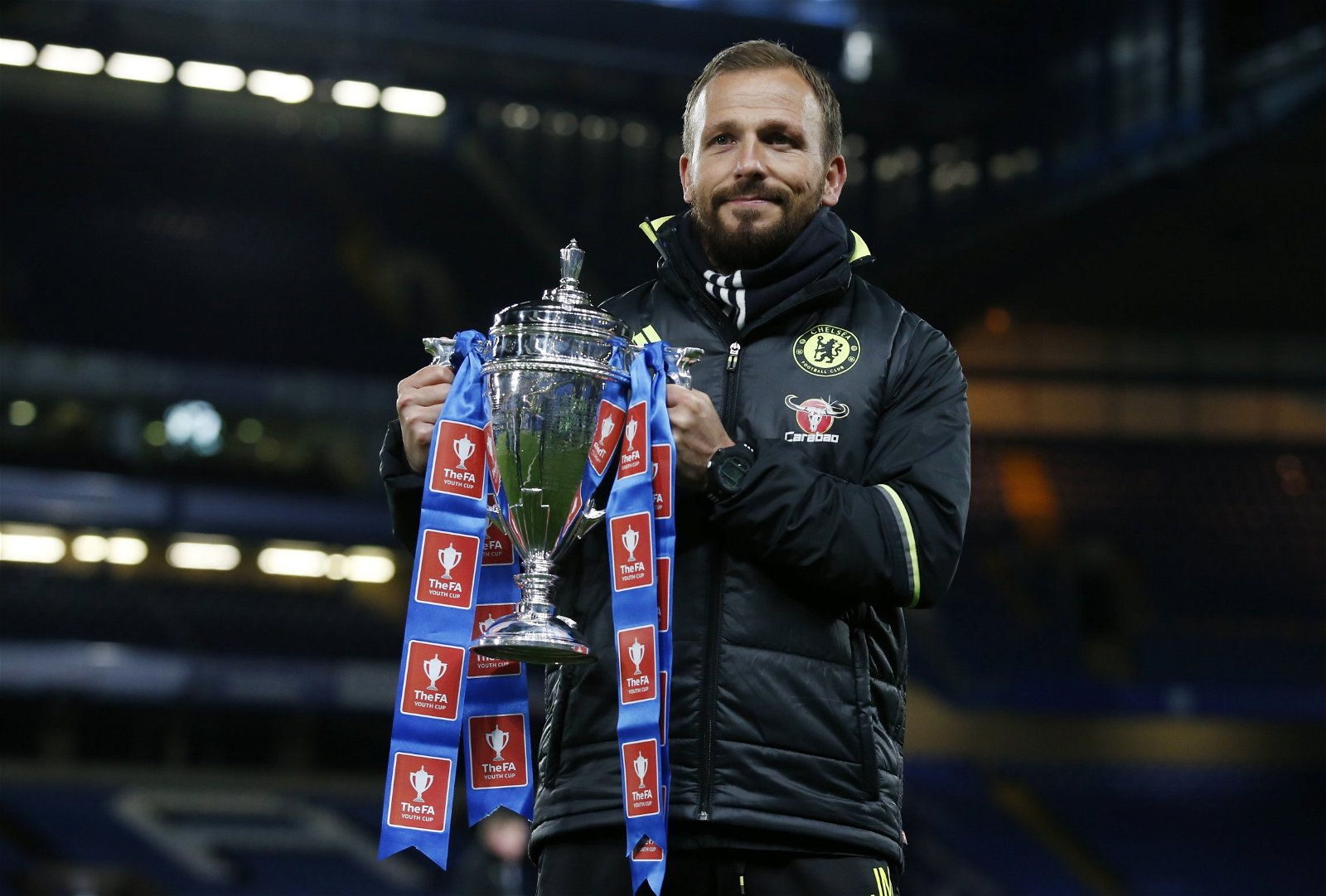 Chelsea coach Jody Morris lifts the FA Youth Cup