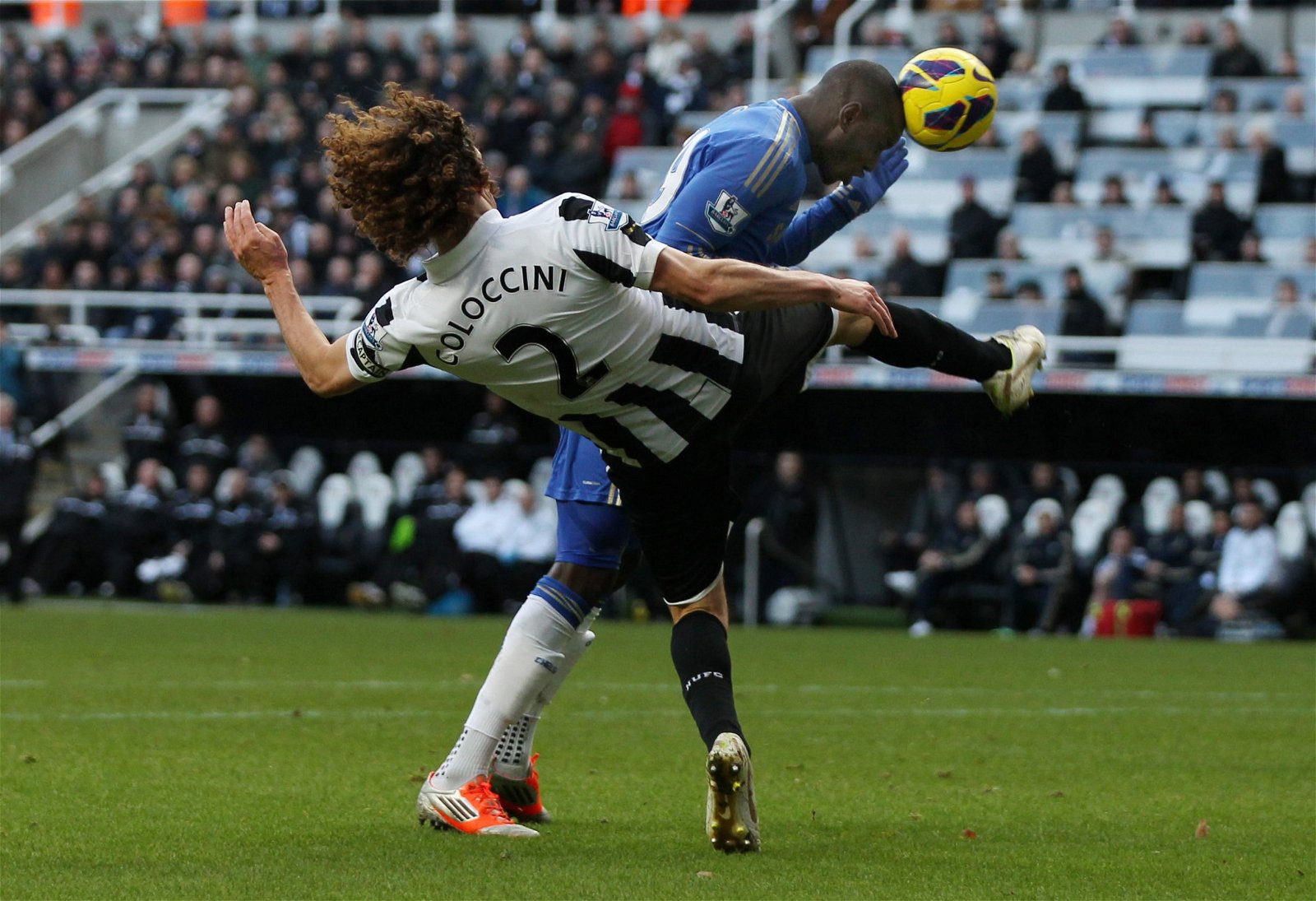 Demba Ba is kicked in the face by Fabricio Coloccini