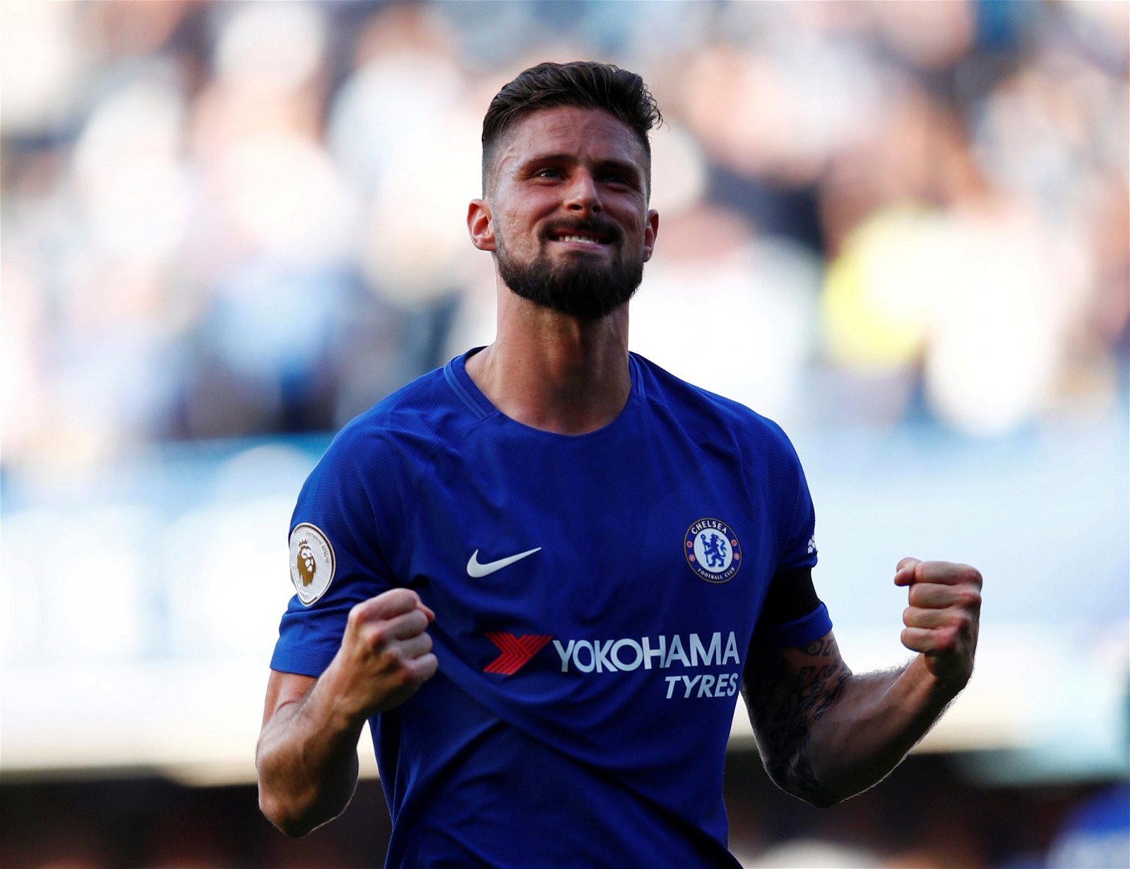 Olivier Giroud celebrates a Chelsea victory