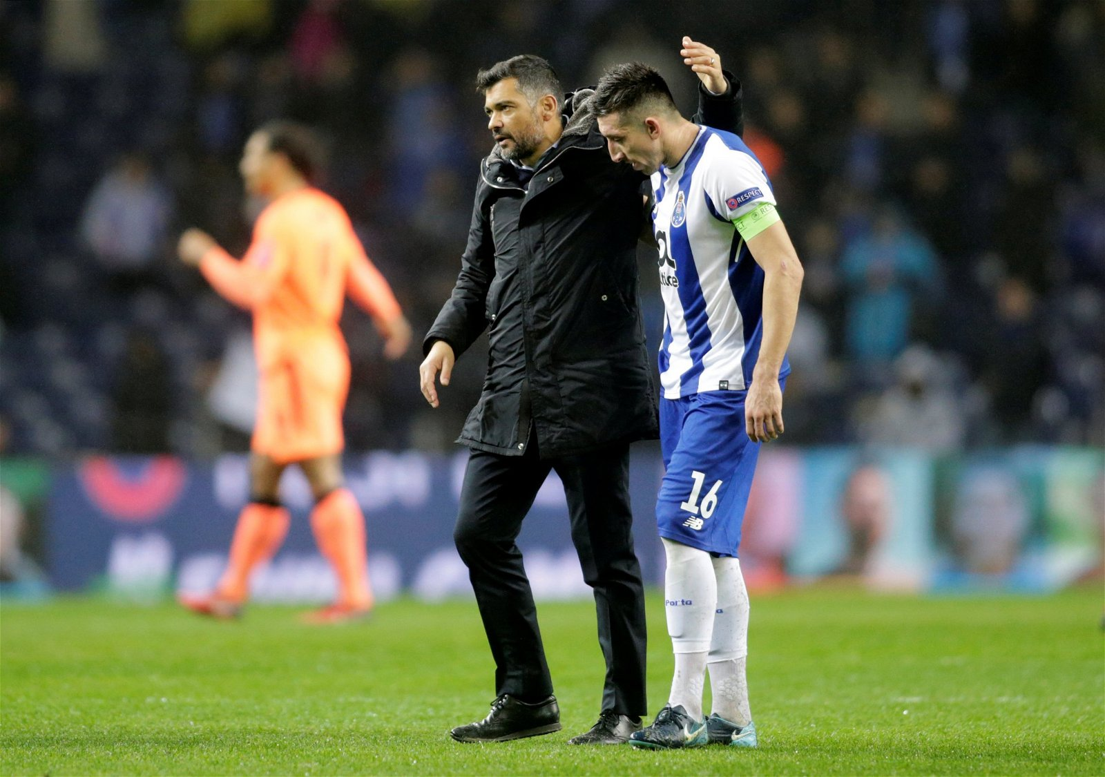 Sergio Conceiao consoles one of his Porto players