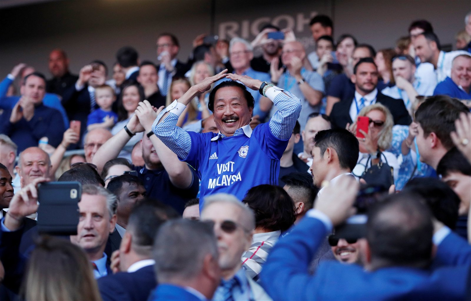 Vincent Tan with Cardiff City fans