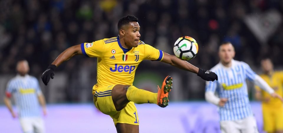 Manchester United fans rage at Alex Sandro update