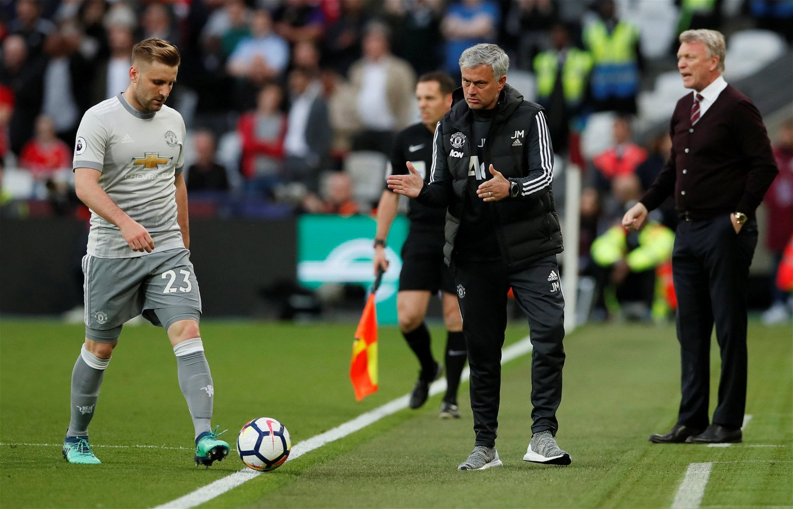 Mourinho looks disappointingly at Luke Shaw