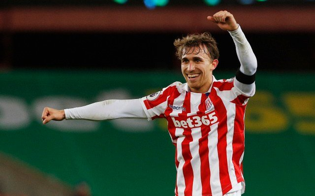 Stoke fans gutted to see popular player Marc Muniesa leave the club