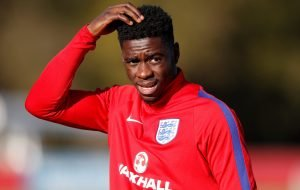 Newcastle: Axel Tuanzebe keen on Magpies move