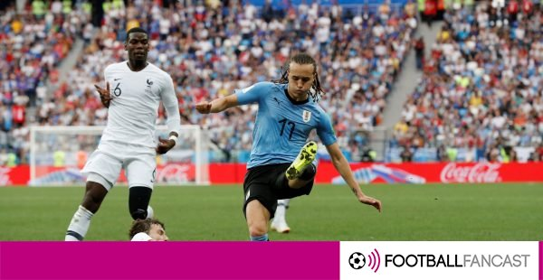 Diego-laxalt-gets-tackled-by-benjamin-pavard-600x310