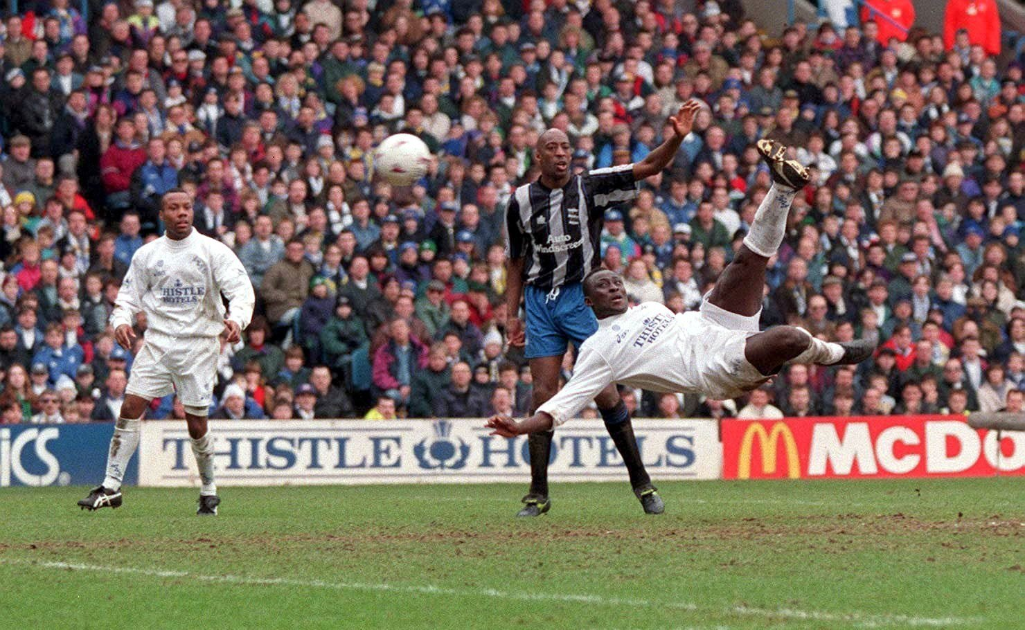 Leeds Anthony Yeboah scores a spectacular overhead kick to seal victory