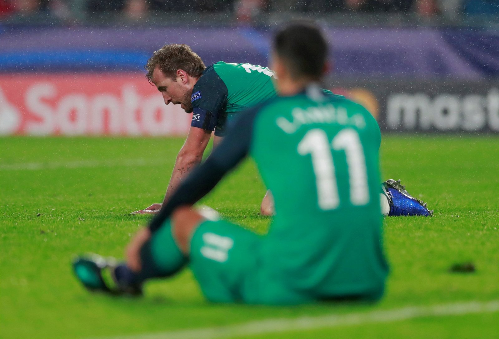 Harry Kane looks dejected following Tottenham Hotspur's draw with PSV