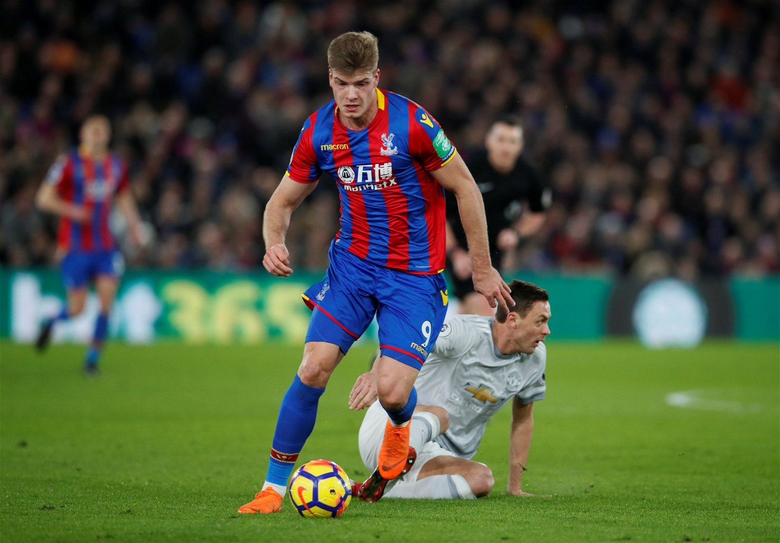 Crystal Palace's Alexander Sorloth dribbles away from Manchester United's Nemanja Matic
