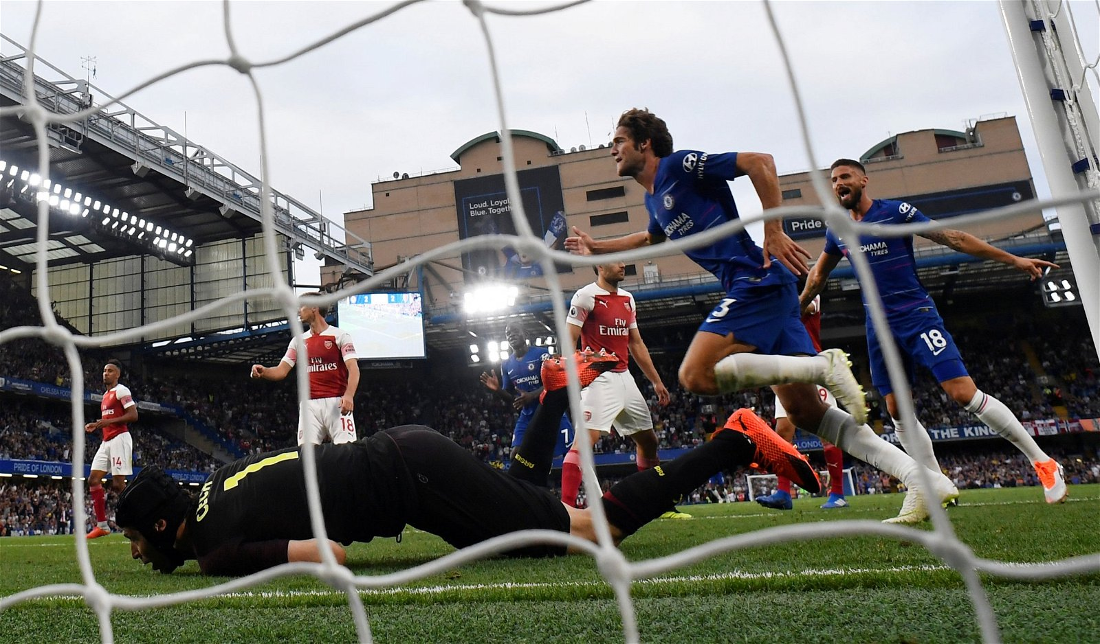 Marcos Alonso scores against Arsenal