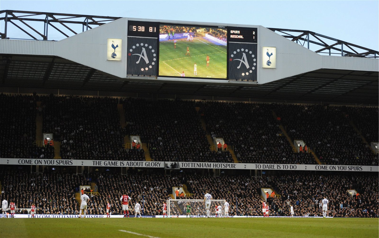 White Hart Lane shows Tottenham leading Arsenal 2-1 in March 2013