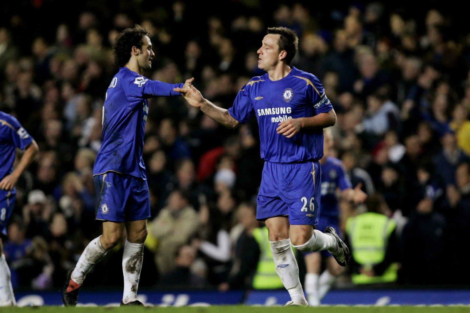 Ricardo Carvalho and John Terry shake hands