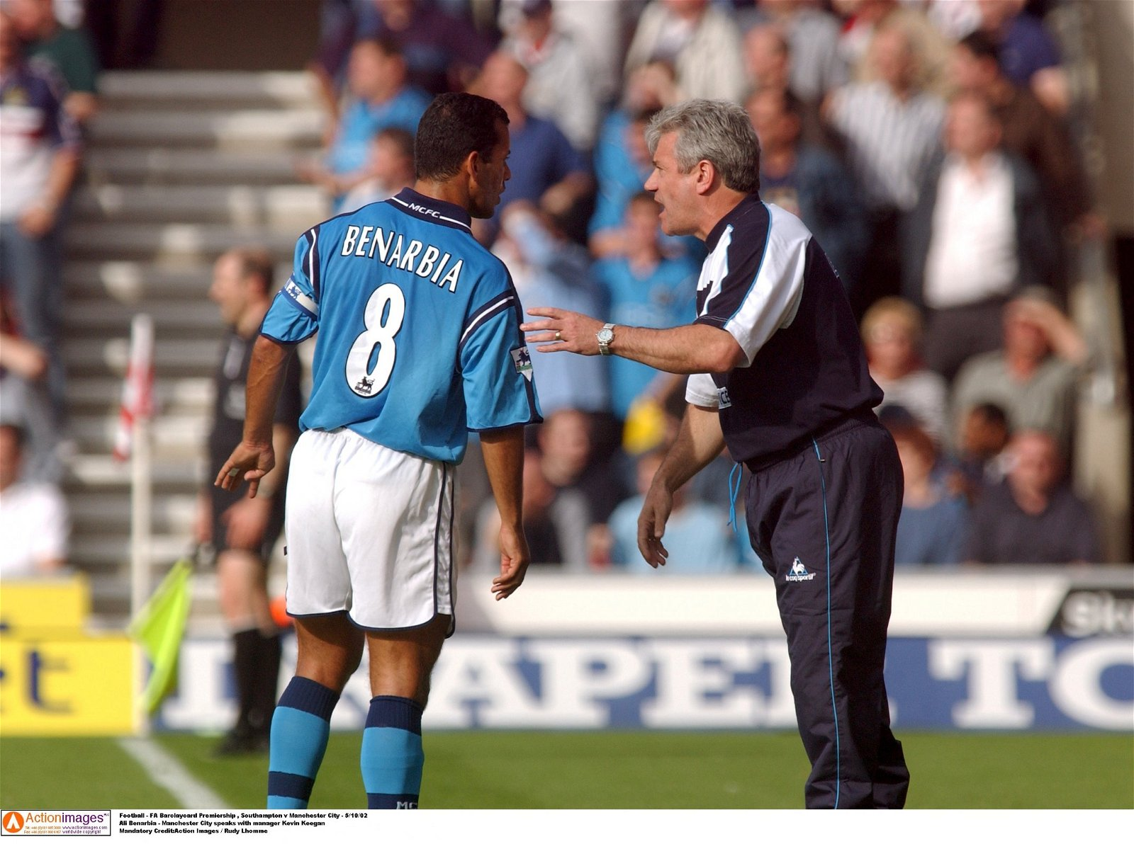 Kevin Keegan gives instructions to Ali Benarbia