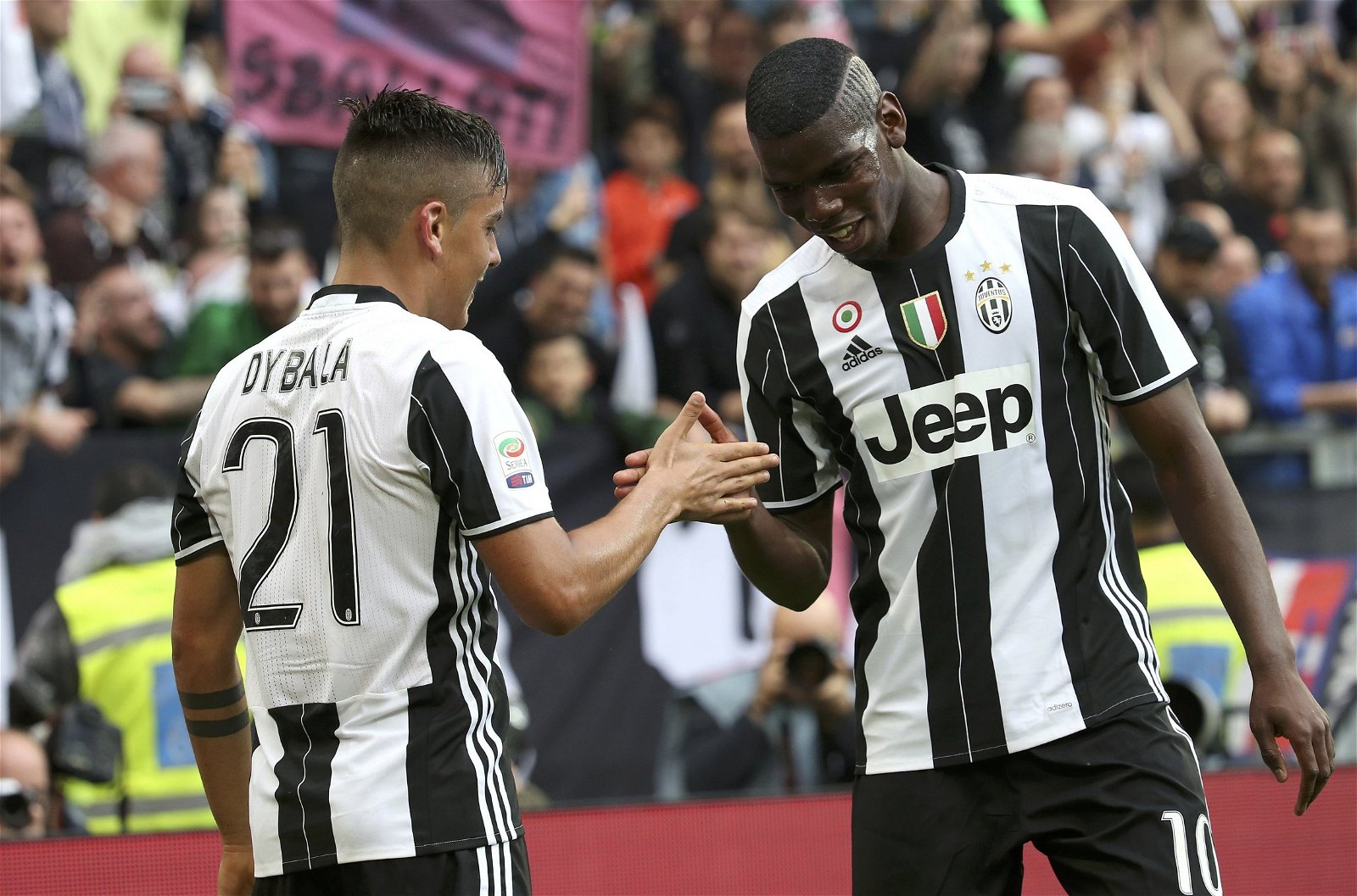 "Pogba and Dybala handshake - ""A phenomenon"" - What the experts have said about Liverpool's Baggio-esque transfer target"