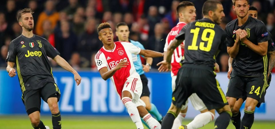 Liverpool fans urge club to sign David Neres after Champions League display