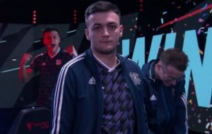 FUT Champions Cup Stage 2: Hashtag Harry records stunning top-four finish!