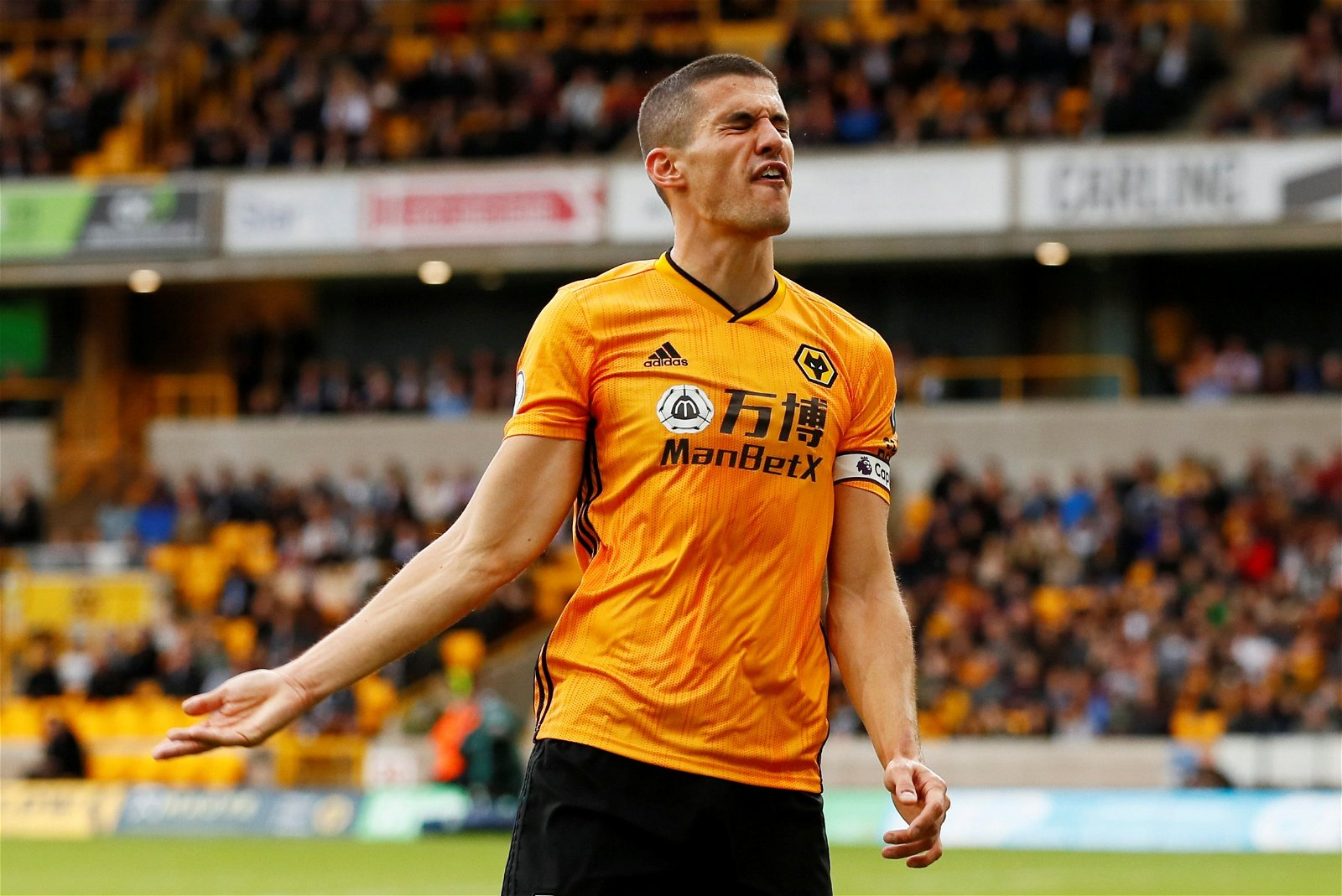 Conor Coady finds interesting way of keeping himself entertained while at home | FootballFanCast.com