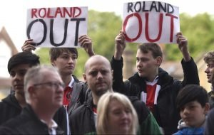 Charlton: Is Roland Duchatelet making the right decision over staff contracts?