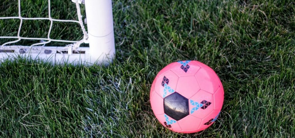 Five Gifts To Buy Your Football Loving Mum