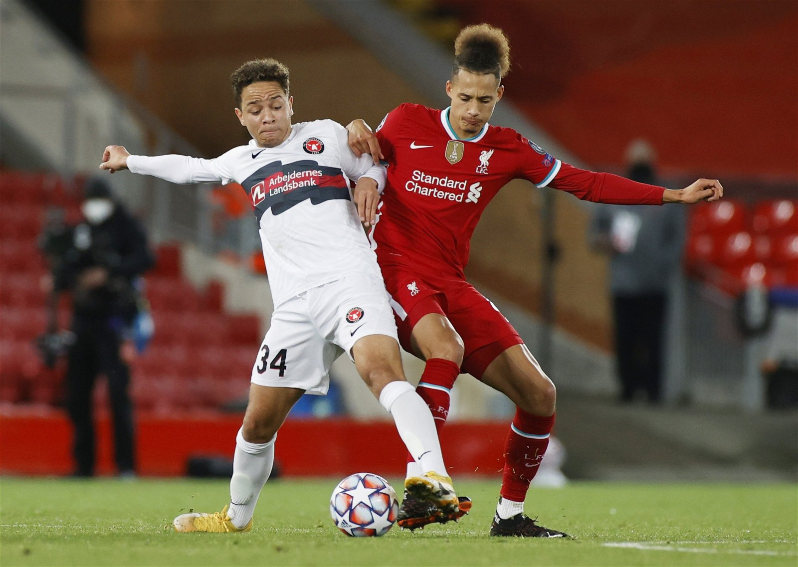 rhys-williams-for-liverpool-battles-for-the-ball