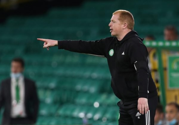 neil-lennon-gestures-for-celtic