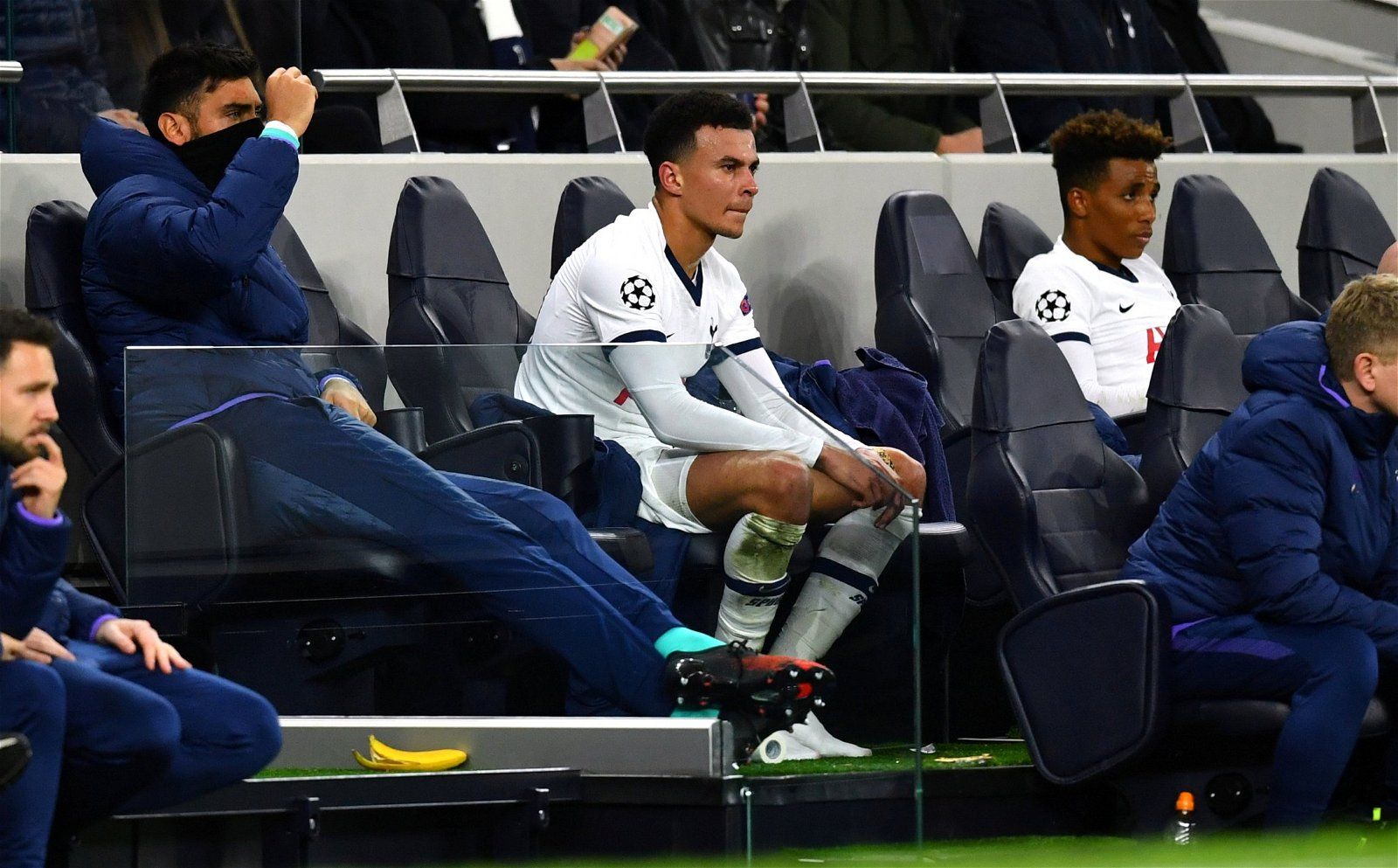 a-frustrated-dele-alli-is-substituted-by-jose-mourinho-bench-vs-leipzig-ucl